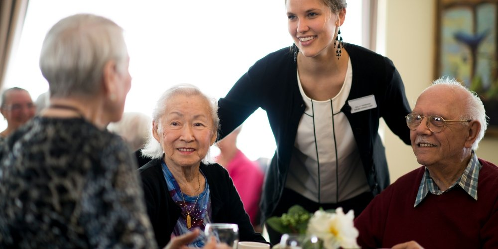 5 Benefits of Moving to a Family-Owned Assisted Living Community