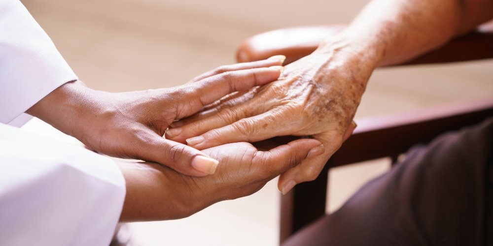 How Hospice Care and Assisted Living Work Hand in Hand
