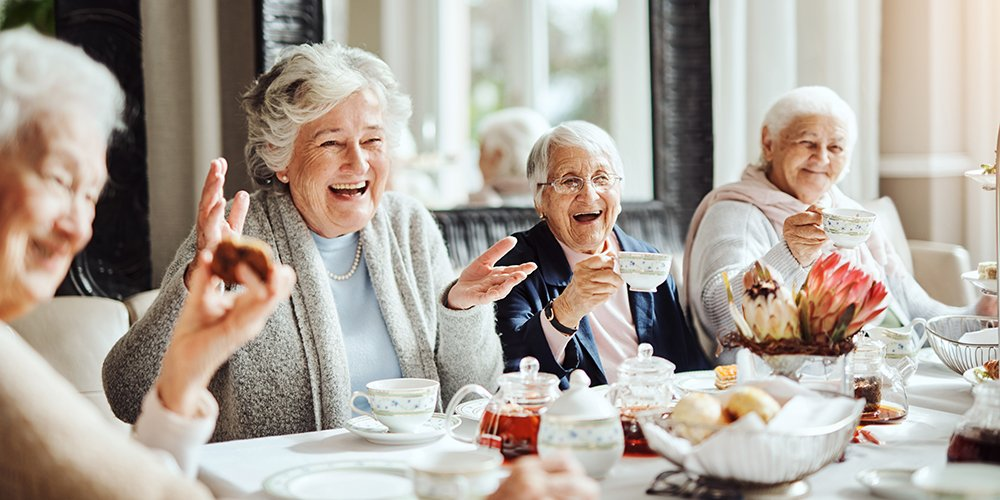 What is there to do at The Ivy at Ellington Assisted Living?